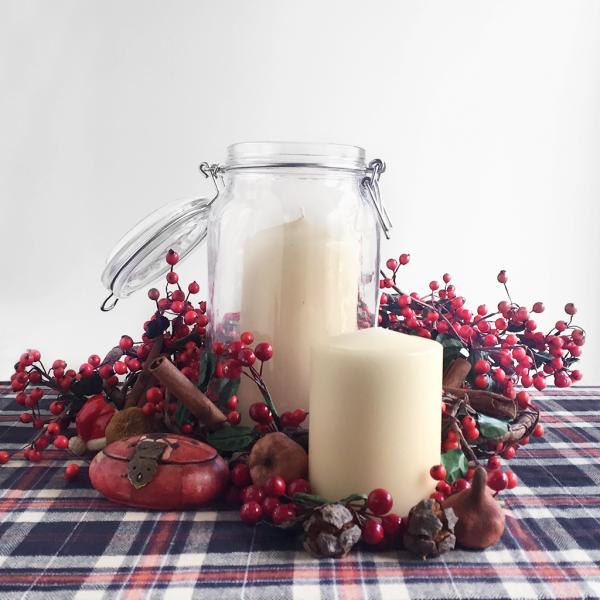 christmas-candle-lights-interior-design-by-georgia-kalt-2
